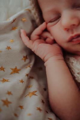 petits doigts d'un bebe